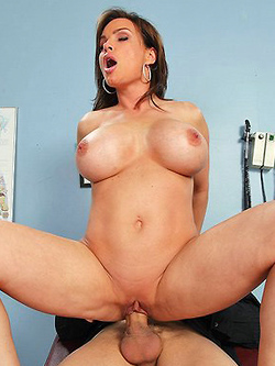 Diamond Foxxx gets drilled by her Doctor in the examination room