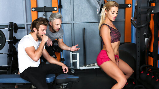 Sexy Cherry Kiss is at the gym. She gets bored until Lutro and Vince Carter offer her a DP. She takes two cocks like a pro and thoroughly enjoys this kind of training.