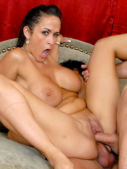 Carmella Bing gets two dicks buried inside both her holes