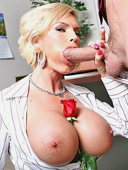Diamond Foxxx seduces the bosses daughers boyfriend to get even