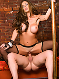 Hunter Bryce successfully seduces a client in the strip club