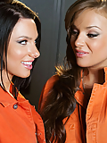 Juelz Ventura and Nika Noire jailhouse babes get kinky in the locker room