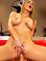 Tanya Tate gets nailed by her photographer on the red couch