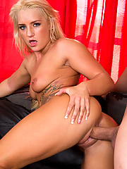 Cali Carter fucks her boyfriend as soon as they get home