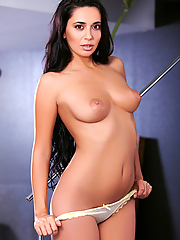 Luna Sauvage slips off her cotton top and panties