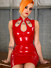 Chelsea Grinds seduces in a skin tight latex dress and high heels