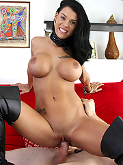 Peta Jensen gets her juicy pussy fucked doggystyle