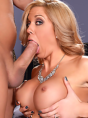 Parker Swayze bangs her daughter's boyfriend behind her back