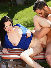 Savannah Fyre gets nailed by her handsome pool boy