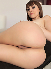 Zoe Doll rides the stud's fat boner on the couch