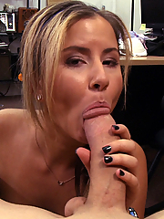 Payton Lee gets her pussy stretched at the pawn shop