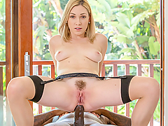 Lily LaBeau was very recently divorced. Newly single, Lily wants to celebrate her freedom with some wild, spontaneous sex. Her first opportunity arises when her house is being shown to a prospective client. Her attraction to Mr Brown was instant. On his second visit Lily plans to make her intentions clear. As the visit is being wrapped up, she asks to talk to Mr Brown alone. Despite the agent's reluctance, she succeeds in getting what she wants...