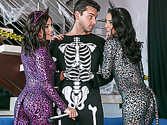Abby Lee Brazil and Adriana Chechik invite Ryan over for some ghoulish fun on Halloween.