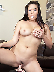 London Keyes sexy and solo masturbation