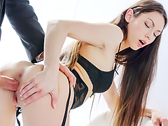 These two pornstars start by masturbating in front of each other. Beautiful brunette slut Arwen Gold is wearing amazingly hot black lingerie and spreads her legs wide open for doggy style and cowgirl fucking. (Video duration: 26 minutes)