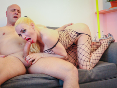Eeciahaa Dalifcka is a lovely amateur French babe who's eager to make her debut in the world of porn, exposing her big silicone tits and fucking Fabrice Triple X. He'll cum all over her lovely feet dressed in stockings. (Video duration: 35 minutes)