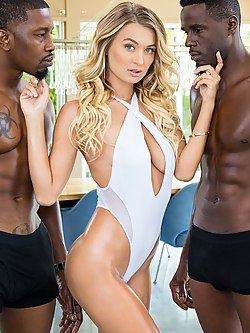 Natalia Starr gets drilled by two well hung athletes