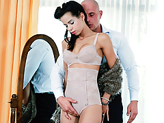 Leny Evil gets immediately aroused by seeing his stunning lover Ferrera Gomez dressed up in her sexiest pinup outfit. She sensually sucks his throbbing cock then starts riding it with passion. The two lovers fuck each other senselessly until Leny bursts a massive load all over Ferrera's luscious pussy. (Video duration: 21 minutes)