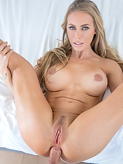 Nicole Aniston takes it up the ass for the very first time