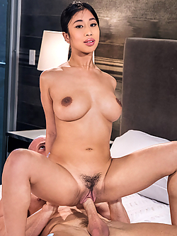Jade Kush jamming her neighbor's dick into her mouth and pussy