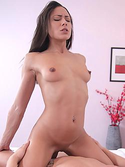 Amelie Sensuelle Porn