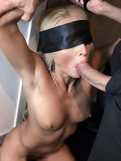 Misha Mynx bangs the high powered executive in his five star hotel room
