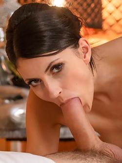 hot naked latino women solo